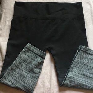 Shosho leggings Size L/XL